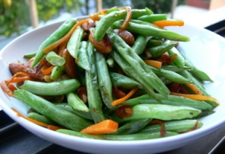 French Beans, Carrot Strips and Almonds in Garlic Butter