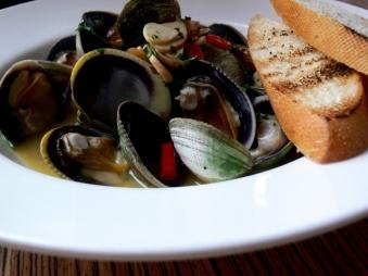 Aglio Olio Mussels